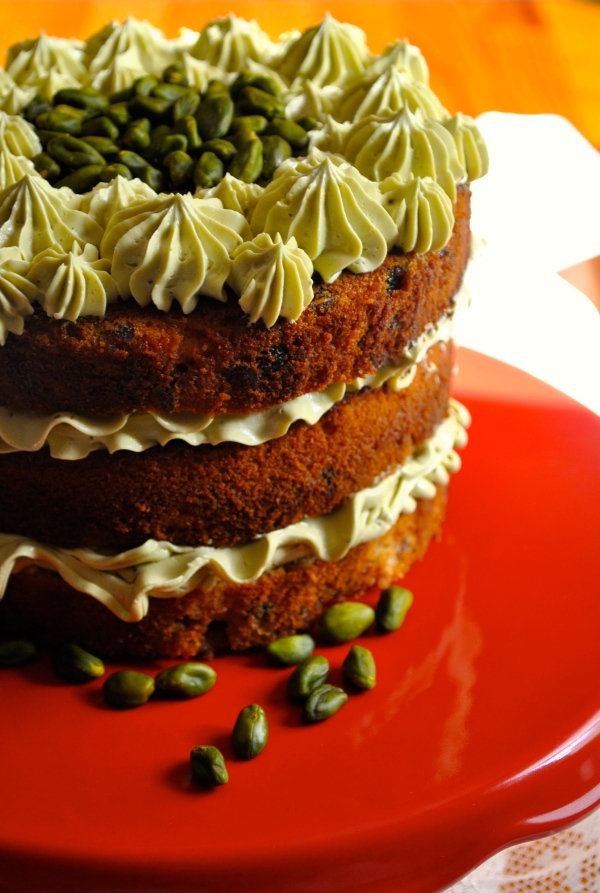 HAPPY ST. PATRICKS DAY: PISTAZIEN AMARENA CAKE